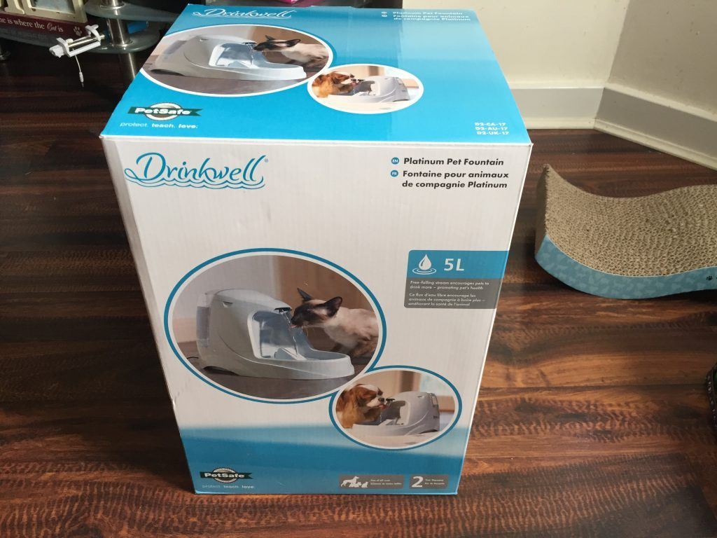 Drinkwell Cat water fountain